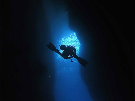 Diver exiting Inland Sea, Gozo