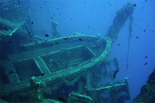 Diving the Zenobia, by Malcom Browne CC BY-NC 2.0